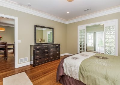 017-Master_Bedroom-1025895-large